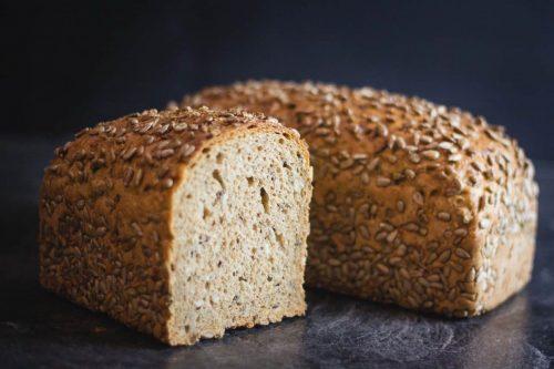 Sonnenblumenkernbrot, haltbares Brot, Nahaufnahme